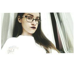 Alexandra Szép