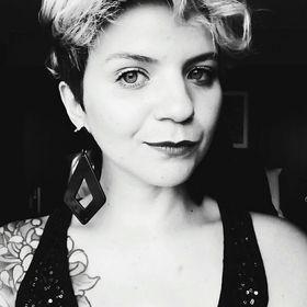 Sabrina Simões