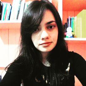 Alessandra Dos Passos