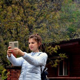 Elena Bozdog