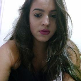 Andréa Tavares