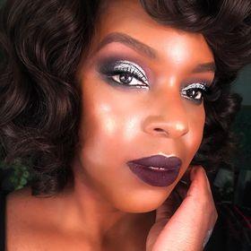 Faith Haller - Beauty Blogger & Makeup Artist