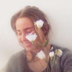 Anna Olivia