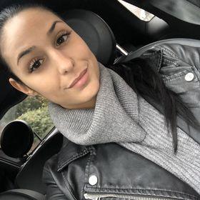 Laura Saad