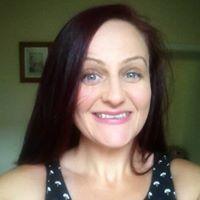 Louise Dee