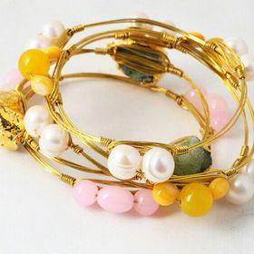Jewellery&Statements www.facebook.com/jewellery&statements