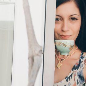 Mina Nazem Karagöklü