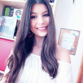 Stefanie Marie