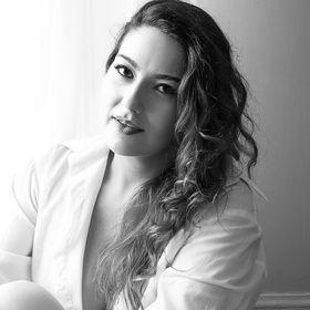 Camila Teixeira