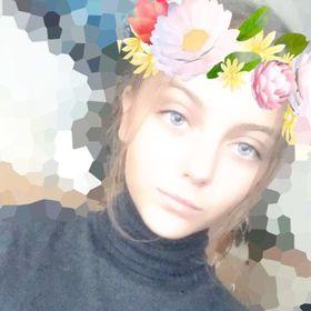 Erika Laszlo