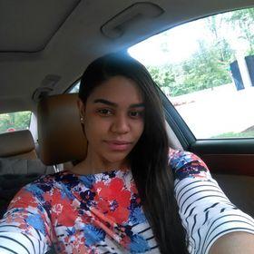 Carlina Santos
