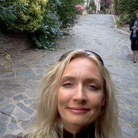Tinder Dating Site Bilder von Frauen Nikki Eckert