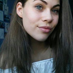Anett Finta