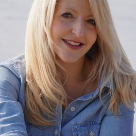 Jennifer Hahn