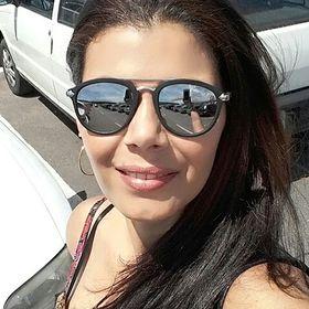 Elisângela Costa