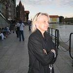 Yvonne Linden