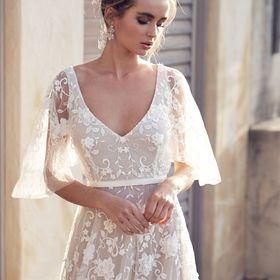 Anna Campbell Bridal | Vintage Inspired Wedding Dresses