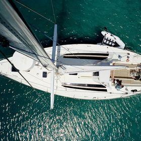 Mystic Blue Eco Sailing & Diving