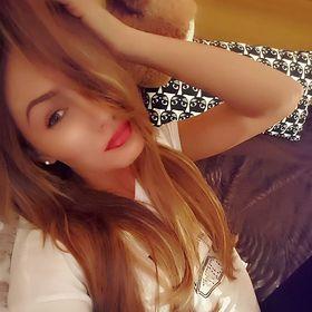 Daniela Roxana