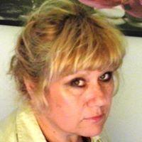 Zuzana Meňhartová