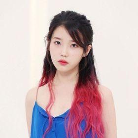 Lee Ji-eunna