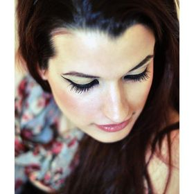 Amy Besenyei