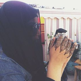 Zahra naseeb