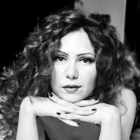 Mona Lazar