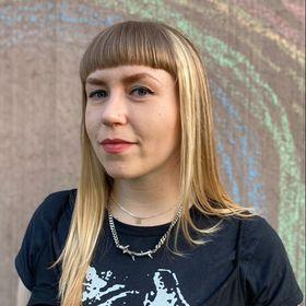 Amanda Cronin