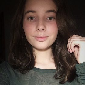 Izabela Istvan