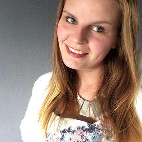 Manon van den Berg