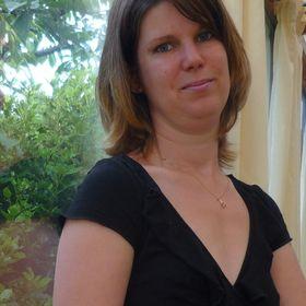 Melanie De Coster