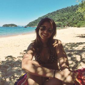 Nathalia Gomes