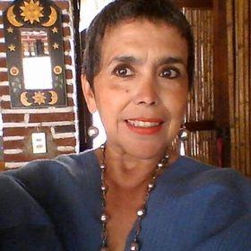 Elsa Flores