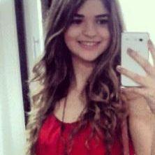 Laura Carneiro