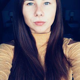 Anita Laszlo