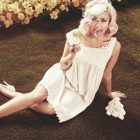 Mery Cyrus
