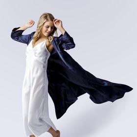 Elizabeth V Sleepwear