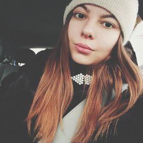 Настя Антипова