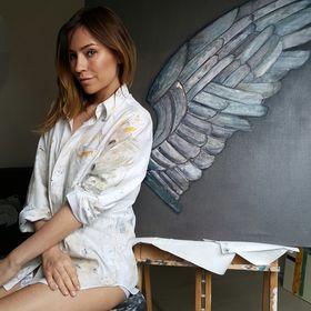 White Shirt Art by Iva Bialopiotrowicz