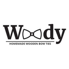 WoodyBowTie