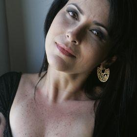Cláudia Quesado