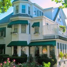 Boothbay Harbor B&B - Harbour Towne Inn on the Waterfront