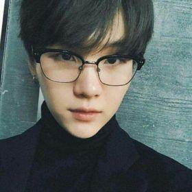 min kyungsoo