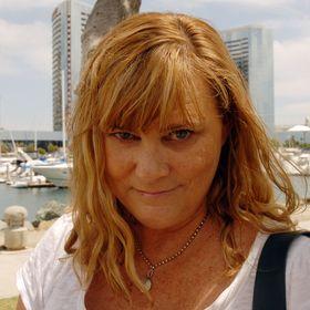 Alexa from 52 Perfect Days & Break Into Travel Writing