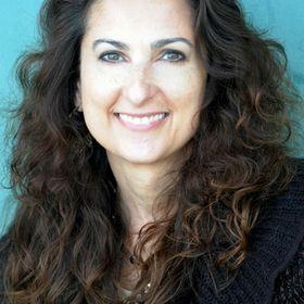 Laura Hartwig
