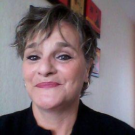 Anne Ayello Grigis