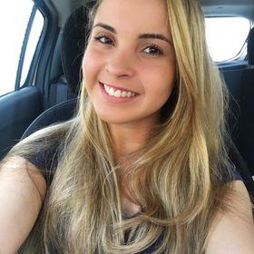 Larissa Daltro