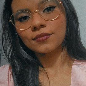 Juliiana Paiiva