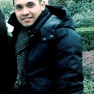 Ari Adil